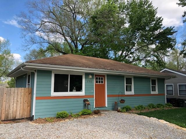 206 Michigan Street Property Photo - Lawrence, KS real estate listing