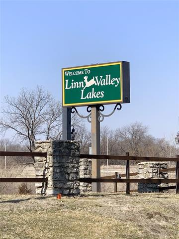 434 N Linn Valley Road Property Photo - Linn Valley, KS real estate listing