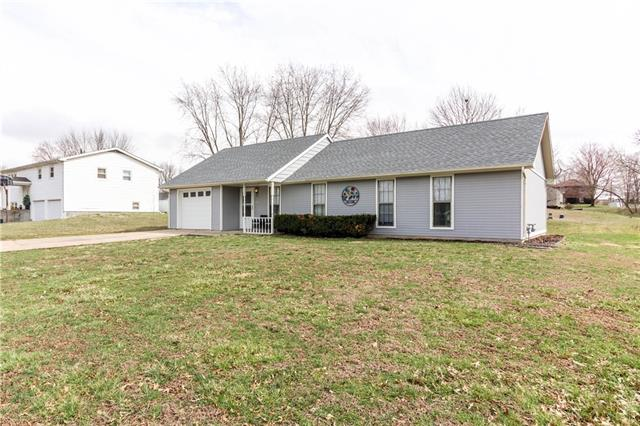 112 Northview Place Property Photo - Windsor, MO real estate listing