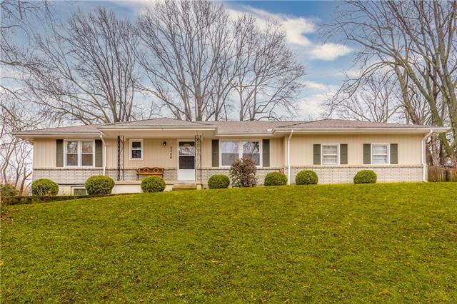 3706 E 113th Terrace Property Photo - Kansas City, MO real estate listing