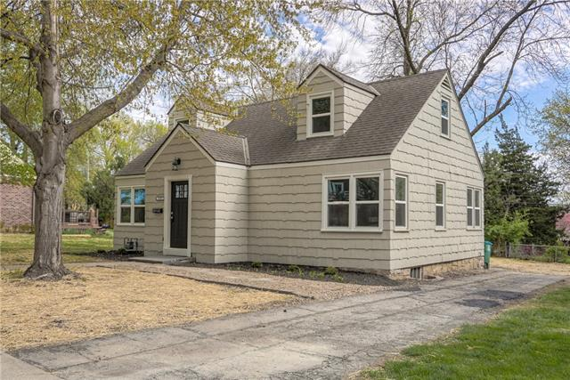 2717 W 50th Street Property Photo - Westwood, KS real estate listing