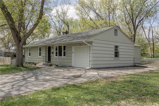 9616 Walnut Street Property Photo - Kansas City, MO real estate listing