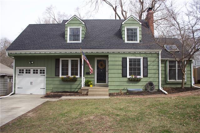 4024 W 74th Street Property Photo - Prairie Village, KS real estate listing