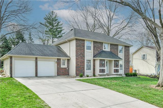 10807 W 52nd Circle Property Photo - Shawnee, KS real estate listing