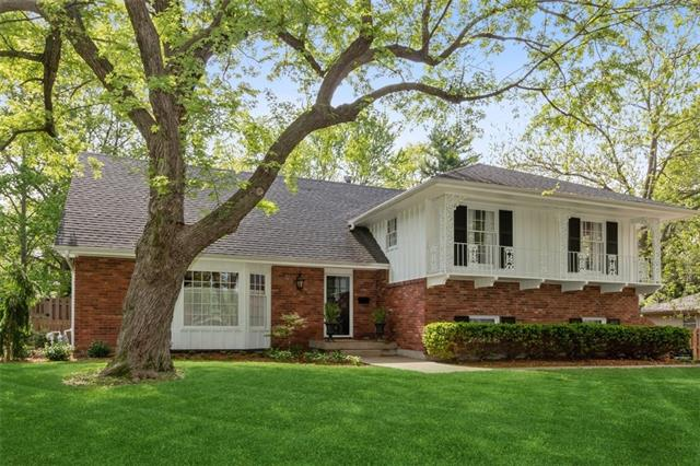 8001 Hedges Avenue Property Photo 1
