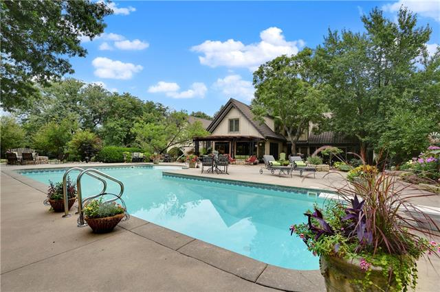18190 Berryhill Drive Property Photo - Stilwell, KS real estate listing