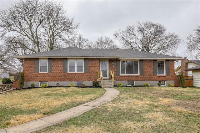6412 E 56th Street Property Photo - Kansas City, MO real estate listing