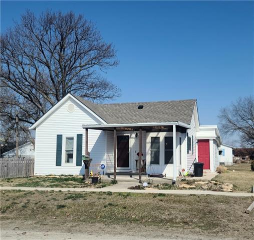 309 W School Street Property Photo - Hamilton, MO real estate listing