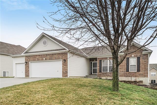 9801 N Farley Avenue Property Photo - Kansas City, MO real estate listing