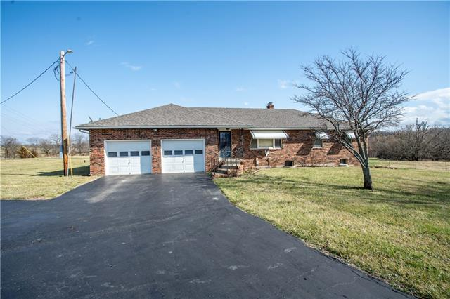 498 SW 400th Road Property Photo - Centerview, MO real estate listing