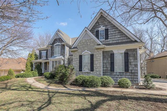 13101 Cedar Street Property Photo - Leawood, KS real estate listing