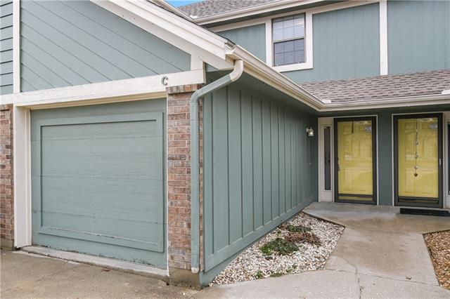 514 NE Knox Unit C Street Property Photo - Blue Springs, MO real estate listing