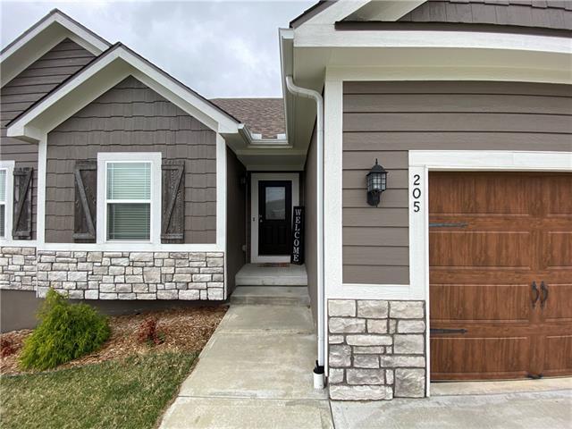 205 E Woodland Avenue Property Photo - Lone Jack, MO real estate listing