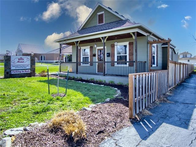 11405 Johnson Drive Property Photo - Shawnee, KS real estate listing