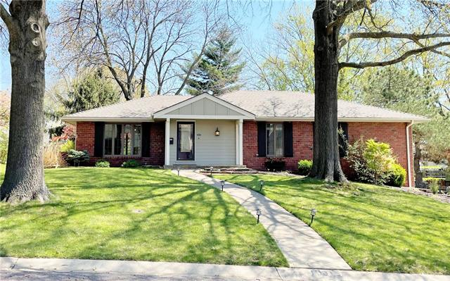 10315 Eby Street Property Photo - Overland Park, KS real estate listing