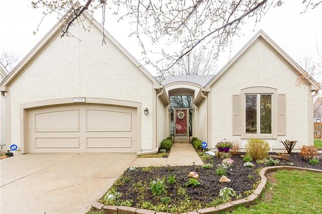 7808 W 117th Terrace Property Photo - Overland Park, KS real estate listing