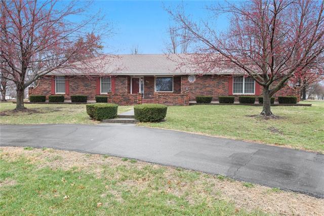 500 W Missouri Avenue Property Photo - Plattsburg, MO real estate listing
