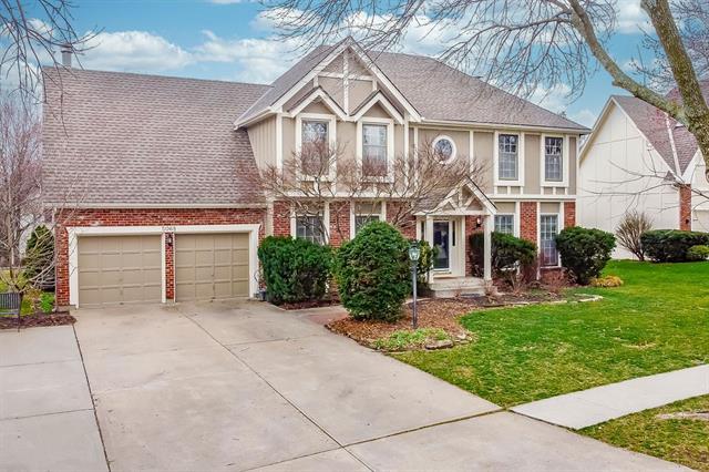 5068 W 130th Terrace Property Photo - Leawood, KS real estate listing