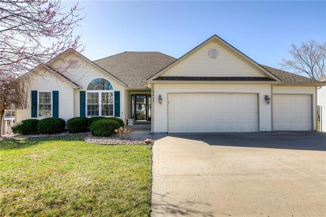 10415 NW 86TH Street Property Photo - Kansas City, MO real estate listing