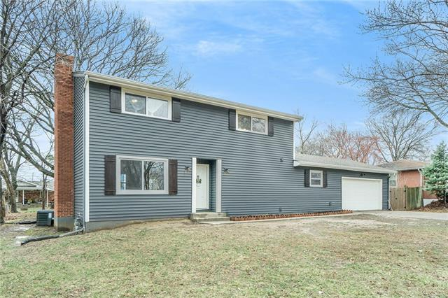 7504 N Central Street Property Photo - Gladstone, MO real estate listing