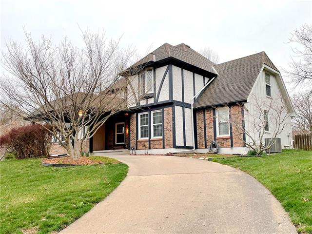 10701 Walmer Street Property Photo - Overland Park, KS real estate listing