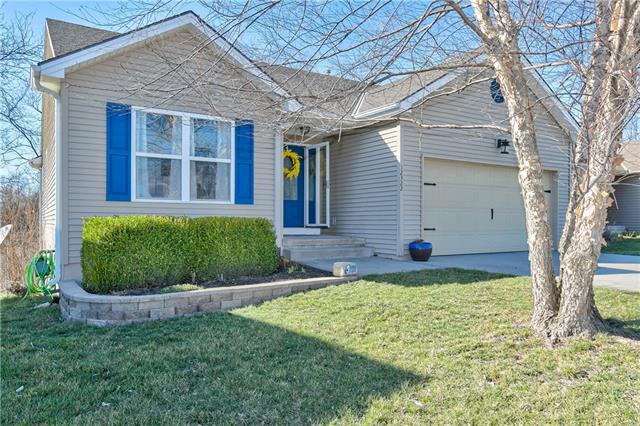 12322 N Wayne Avenue Property Photo - Kansas City, MO real estate listing