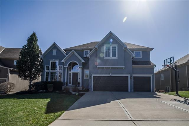 9207 W 157TH Terrace Property Photo - Overland Park, KS real estate listing