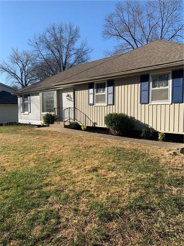 6822 N Bellefontaine Avenue Property Photo - Gladstone, MO real estate listing