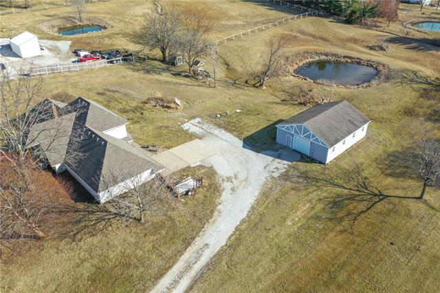 33811 E Jenkins Road Property Photo - Lone Jack, MO real estate listing