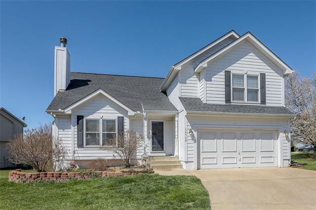14960 W 154th Street Property Photo - Olathe, KS real estate listing
