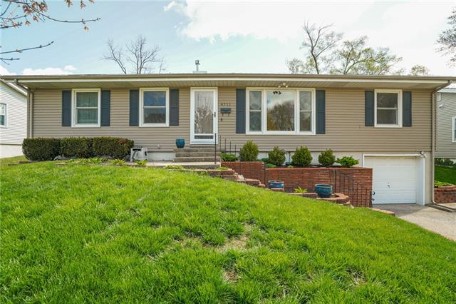4711 N Cleveland Avenue Property Photo - Kansas City, MO real estate listing