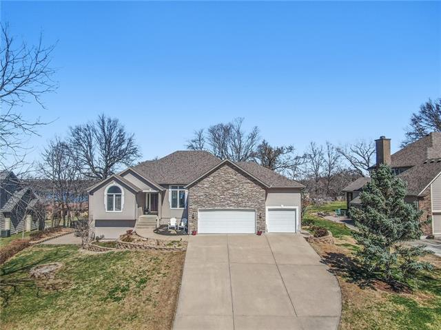 9810 NW 75th Street Property Photo - Weatherby Lake, MO real estate listing