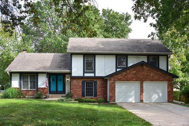 9804 W 101st Street Property Photo - Overland Park, KS real estate listing