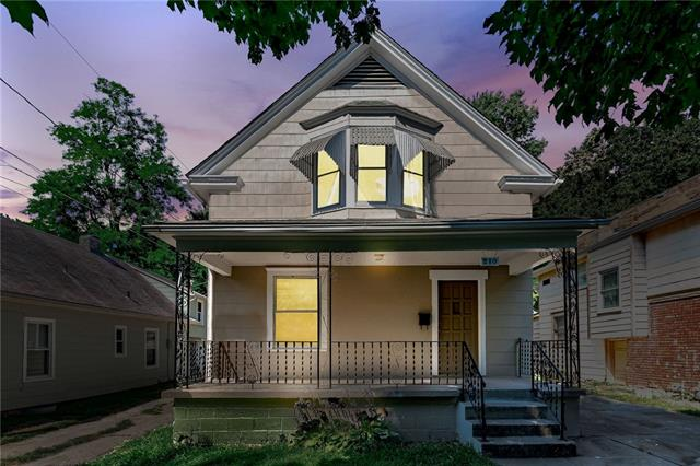 210 Monroe Avenue Property Photo - Kansas City, MO real estate listing