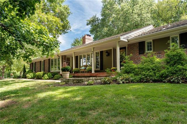 9813 Lee Boulevard Property Photo - Leawood, KS real estate listing