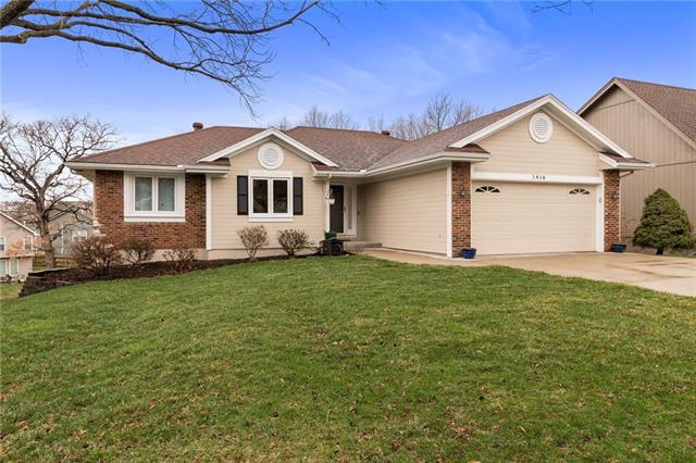 1415 NW 79th Street Property Photo - Kansas City, MO real estate listing