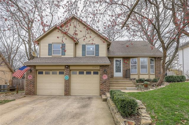 12405 S BLACKFOOT Drive Property Photo - Olathe, KS real estate listing