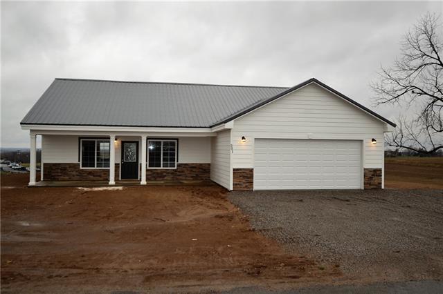 64440 Real Estate Listings Main Image