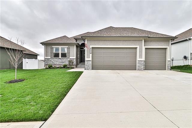 1315 Nw Lindenwood Drive Property Photo