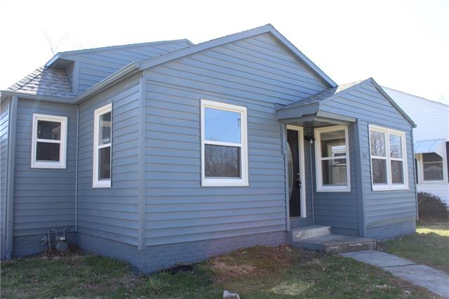 701 W 29th Street Property Photo - Higginsville, MO real estate listing