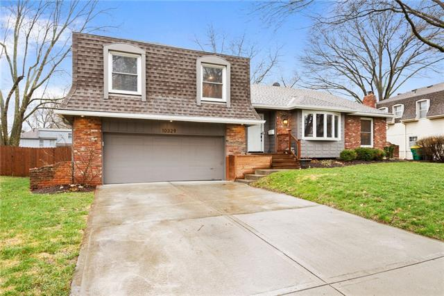 10329 W 92nd Place Property Photo - Overland Park, KS real estate listing