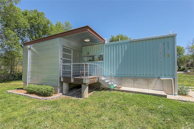 3008 E 20th Street Property Photo - Kansas City, MO real estate listing