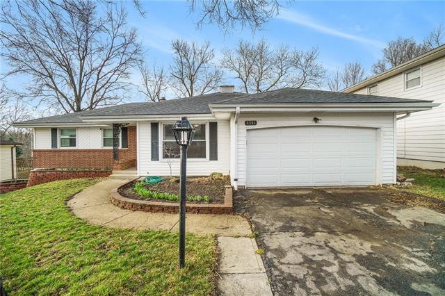 4501 E 105th Street Property Photo - Kansas City, MO real estate listing