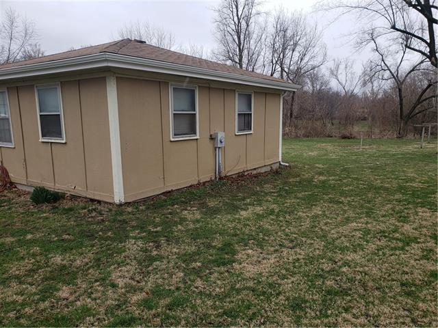 205 E 6th Street Property Photo 4