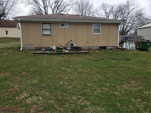 205 E 6th Street Property Photo 5