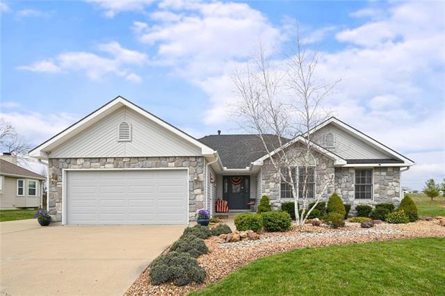 1704 Coronado Road Property Photo - Excelsior Springs, MO real estate listing