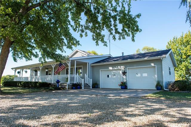 43 E 400 Road Property Photo - Overbrook, KS real estate listing