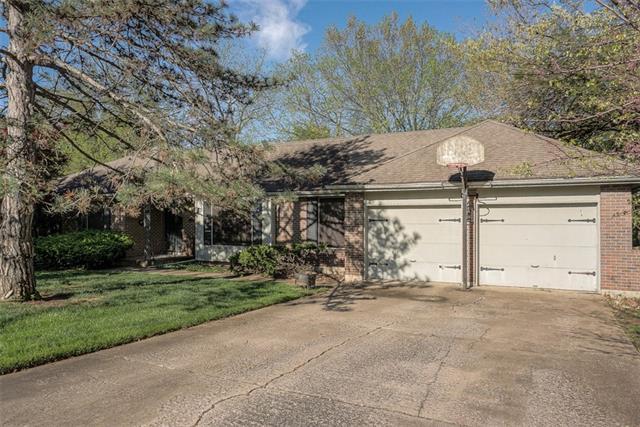 6344 Mackey Street Property Photo - Merriam, KS real estate listing