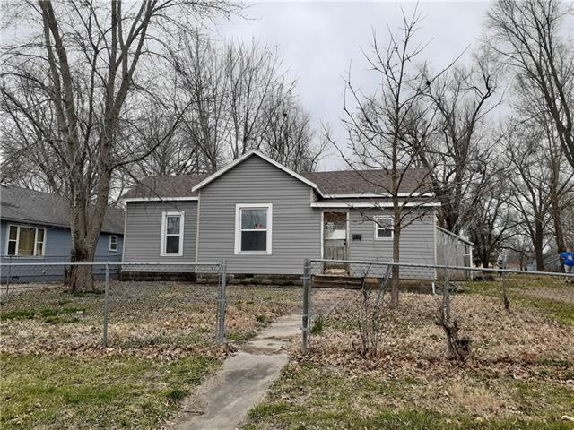 710 & 712 E Green Street Property Photo - Clinton, MO real estate listing