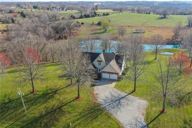 14225 N Robinhood Lane Property Photo - Kansas City, MO real estate listing